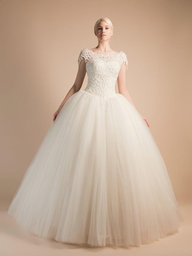 Robe de mariée Arabesque, robe de mariée princesse brodée à la main, robe de mariée somptueuse