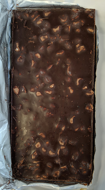 60% Hazelnut and Dried Currrnt Bar