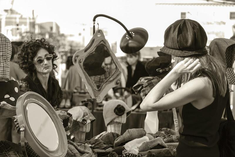 al mercatino vintage di Elisabetta Castellano
