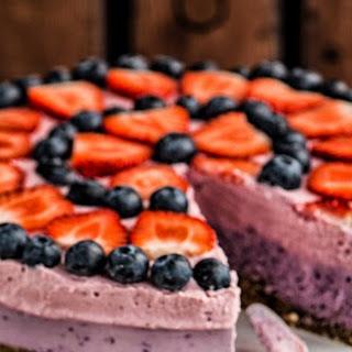Raw Vegan Berry Cheese Cake