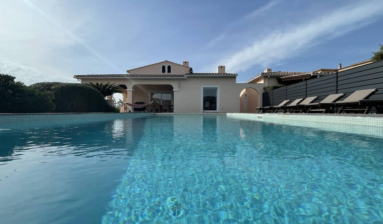 Villa avec piscine et terrasse Albitreccia