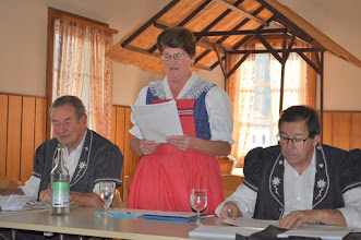 Photo: Lecture du PV Noëlla Paerler