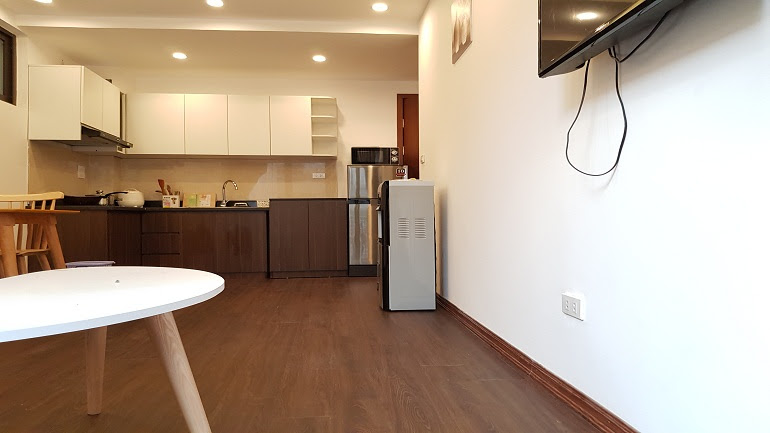 Modern one bedroom apartment with balcony in Linh Lang street, Ba Dinh district for rent