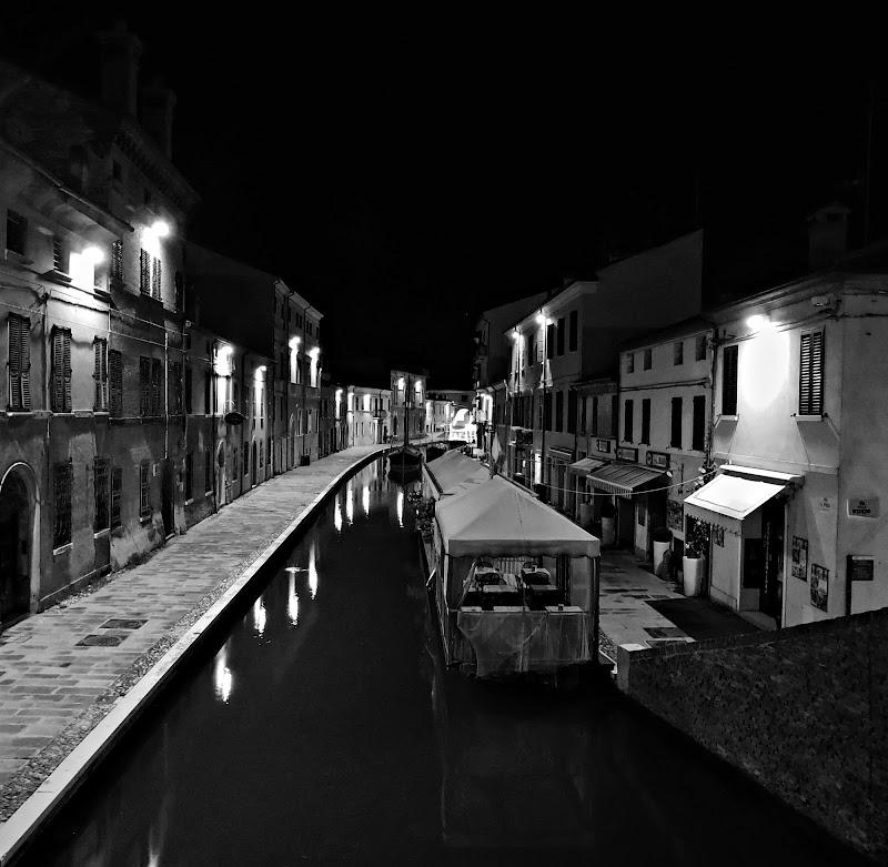 Di notte a Comacchio di donyb