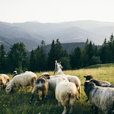 Wedding photographer Roman Bogroveckiy (bogruk). Photo of 01.10.2017