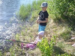 Photo: Rentoa puuhaa tämä kalastaminen