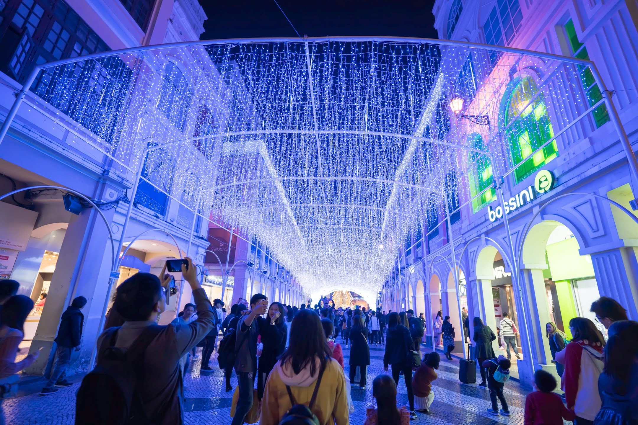 Macau Senado Square light-up1