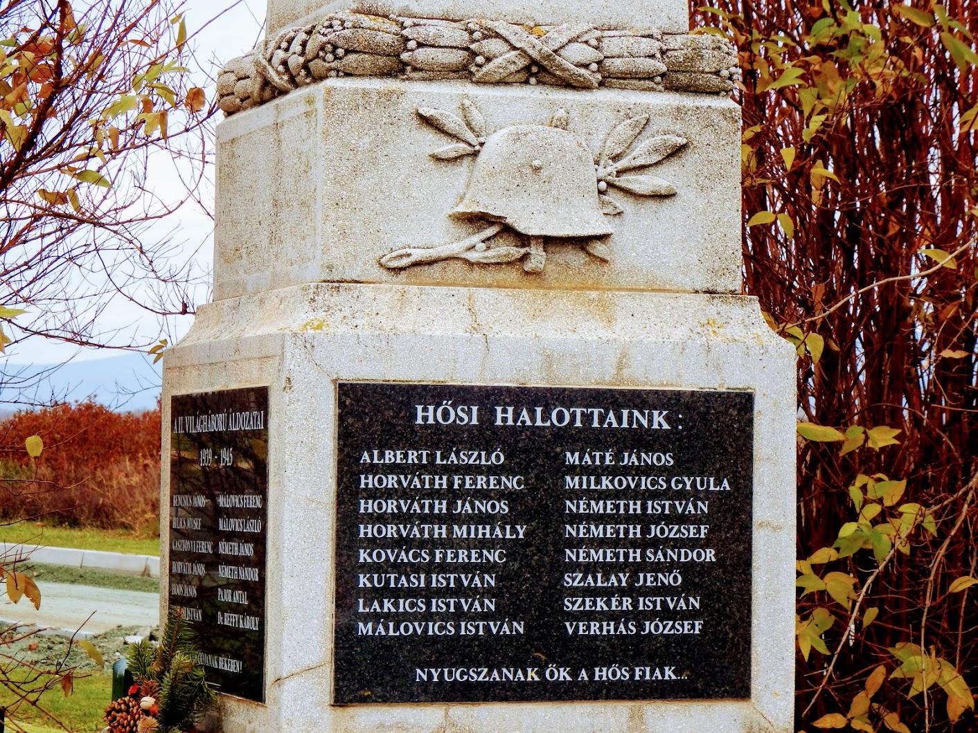 Dozmat - I. és II. világháborús emlékmű
