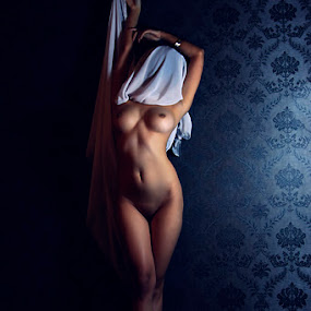 by Rini Photograpict - Nudes & Boudoir Artistic Nude