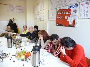Photo: Reunió de professors i professores.