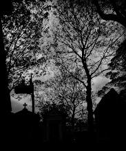 Photo: Montmarte Cemetary. Paris, France - © Ricardo Lagos - Creative Commons (CC BY-NC 3.0)