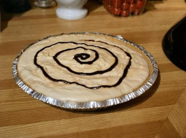 Easy Peanut Butter Cream Pie Recipe