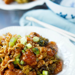 Ramen Noodle General Tso's Chicken