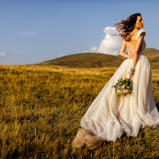 Wedding photographer Marius Barbulescu (mariusbarbulesc). Photo of 14.02.2018