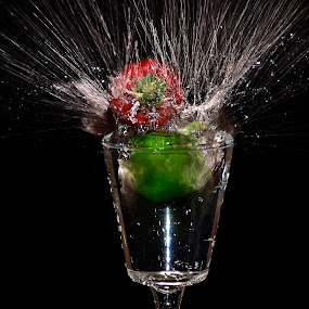 pepper spray by Angelo Jadulco - Food & Drink Fruits & Vegetables ( pepper )