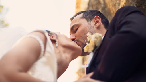 Labtec Prod | Vidéaste Mariage | shooting couple au pied de l'aqueduc de Roquefavour