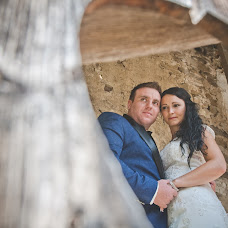 Wedding photographer Madalina si Ciprian Ispas (fotoycafe). Photo of 25.08.2014