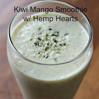 Kiwi Mango Smoothie with Hemp Hearts.