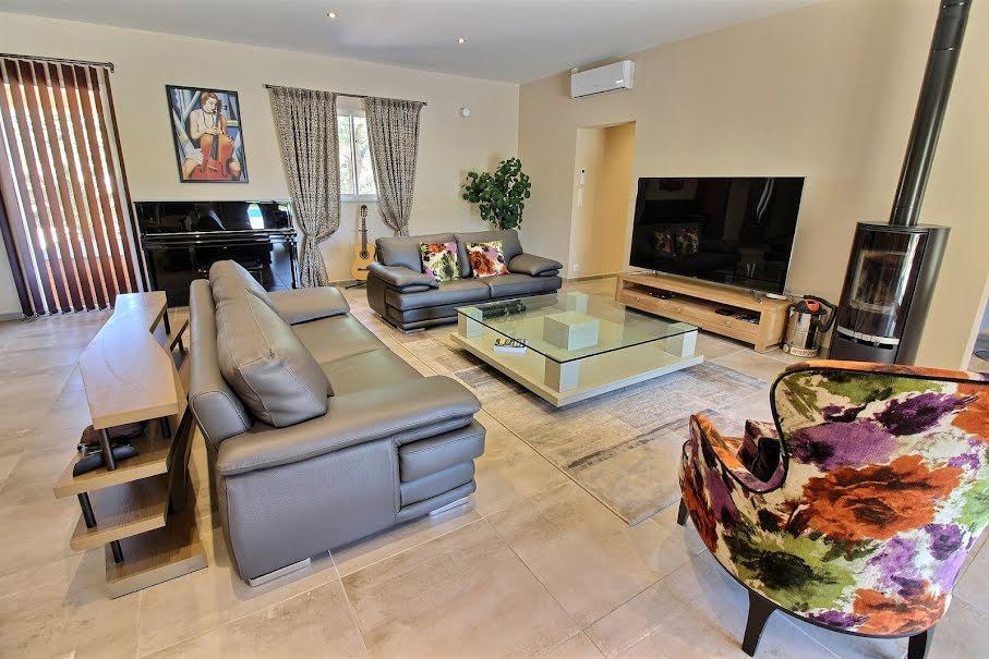 Vente maison 7 pièces 248 m² à Taillades (84300), 649 000 €