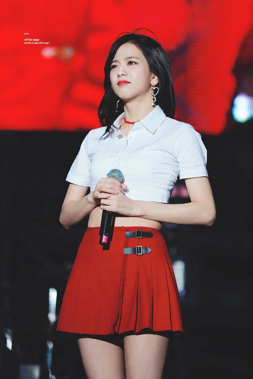 jisoo red