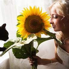 Wedding photographer Yuliya Zotanina (ulza-luna). Photo of 02.10.2014