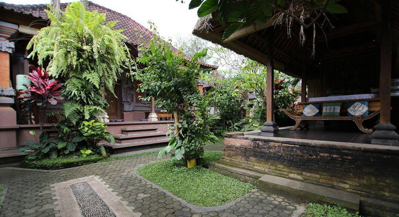Alam Sari Hotel Keliki