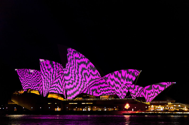 Sydney Purple House di mugnet_pal