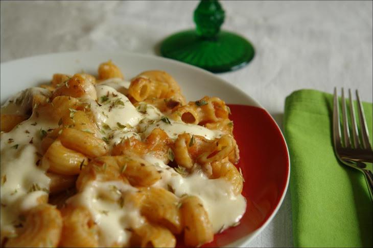 Pipe and Tomato Sauce and Fresh Mozzarella Recipe