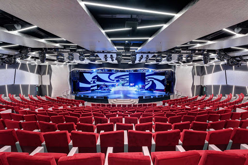 msc-meraviglia-teatro.jpg - Lavish productions in the theater are one of the highlights of a cruise on MSC Meraviglia.