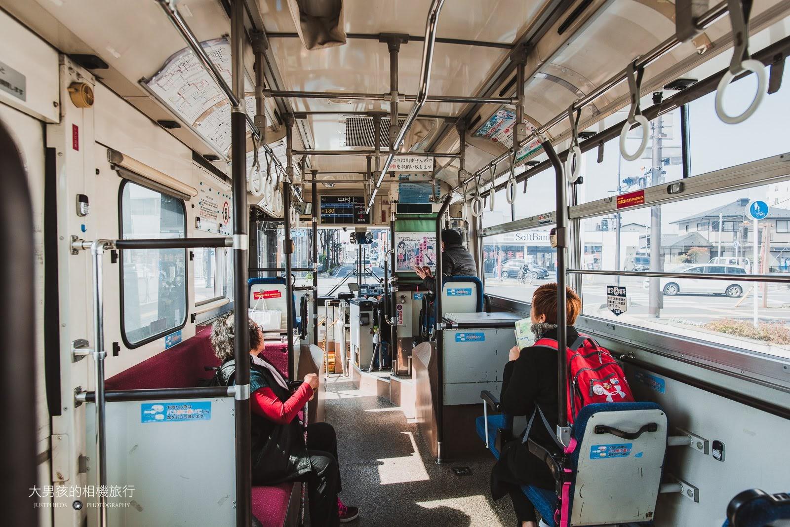 平時車上其實沒什麼遊客,跟我們同行的也是台灣人。