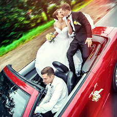 Wedding photographer Aleksandr Tikhonov (Amok). Photo of 20.04.2013