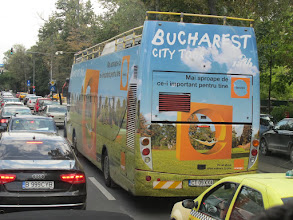 Photo: Rou5Ins110-151001'Bucharest' (avec 'h') bus city tour, Bucarest, circulation ville IMG_8749