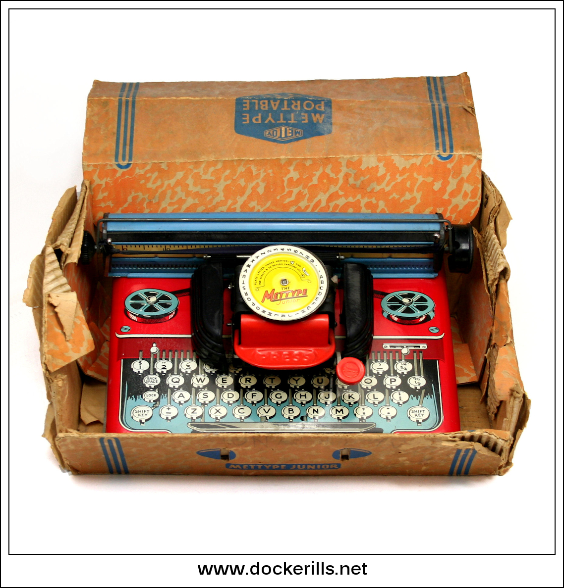 "Photo: ""Mettype"" Typewriter, Mettoy, Great Britain.  Visit my blog - Collecting Tin Toys at  http://tinplatetoys.blogspot.co.uk/"