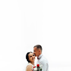 Wedding photographer Roman Medvedev (fotoshoot84). Photo of 14.08.2018