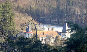 Photo: (Ehem.) Krätzervilla in Wolfsgraben, gesehen von der Heinrich Tippl-Straße aus.