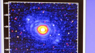 Photo: First closed-loop star: Phi Gem
