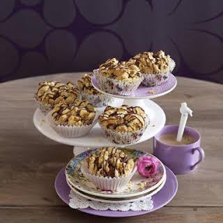 Banana Buttermilk Muffins With Walnut Streusel.