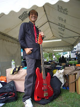 Photo: 山ちゃんバンドのせーじさん。初期M00Nです。これでブギーマンやってました。(本人談)「7万かけて直したんて。いい音らったろ」