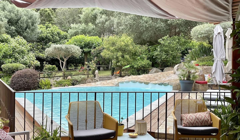 Property with pool and garden Porto-Vecchio