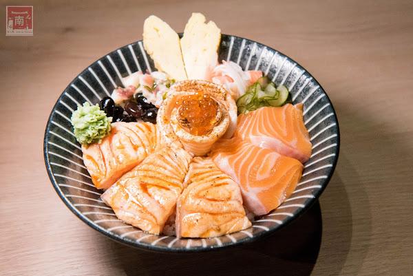 意外好吃的三杯雞丼飯顆顆飽滿握壽司平價外帶日式便當.心丼食堂