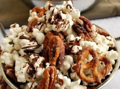 Striped Chocolate Popcorn Recipe
