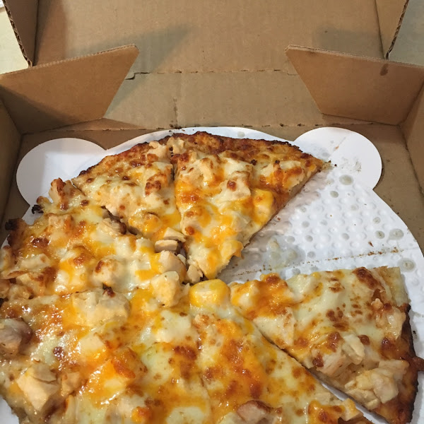 Buffalo chicken pizza!!