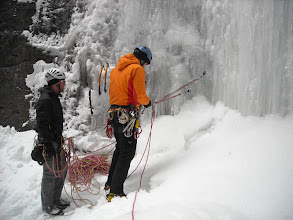 Photo: Doug about to lead the very wet and variable conditions on Chockstone Chimney, Kevin providing entertainment as always.