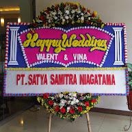 Karangan Bunga Pernikahan Happy Wedding Solo