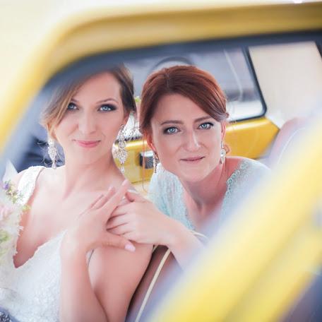 Wedding photographer Edith Borowska (MarryYouEu). Photo of 20.12.2017