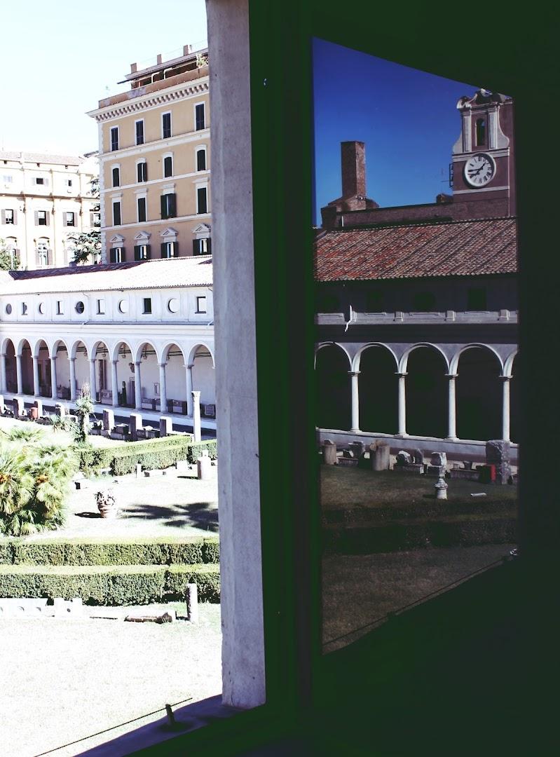 Alla finestra di lauraph_sardinia99