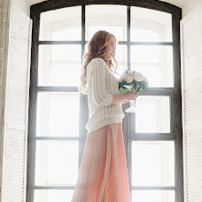 Wedding photographer Svetlana Malysheva (SvetLaY). Photo of 14.03.2016