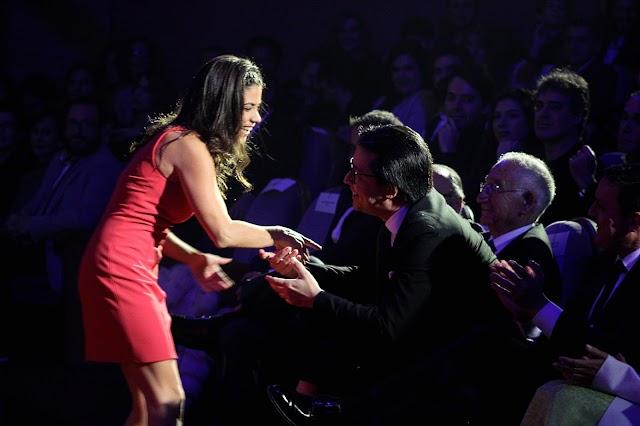 La directora de la cinta La Innocència, Lucía Alemany, invitó a participar en su próxima película al diputado Manuel Guzman.