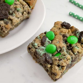 Mint Oreo M&M Cookie Bars Recipe