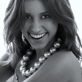 Smile by Paul Phull - Black & White Portraits & People ( black and white, pearls, smile, portrait, eyes )
